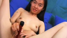 Saigon whore gets him turned on by teasing and fucking, then gets a facial